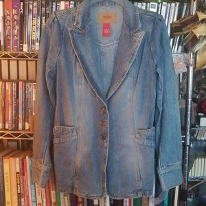 Blue denim jacket! Excellent condition.